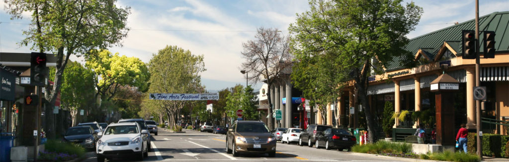 Santa Cruz Ave in downtown Menlo Park