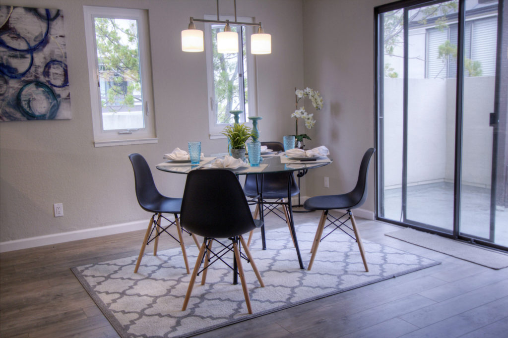 Mountain View Townhome for Sale - dining room