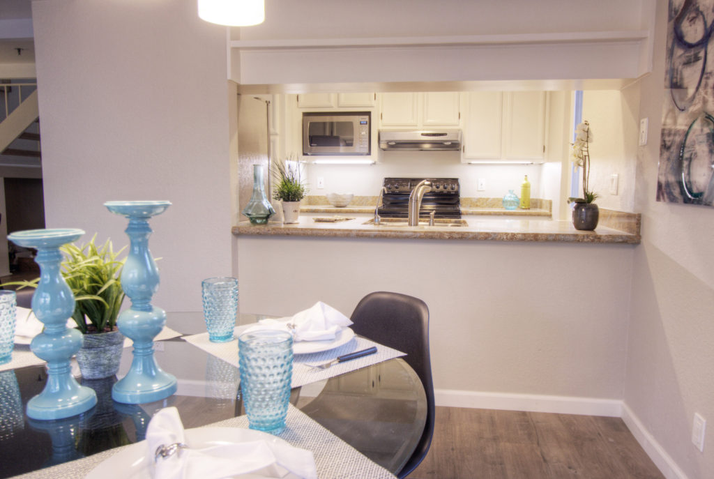 Mountain View Townhome for Sale - kitchen counter