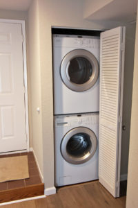 Mountain View Townhome for Sale - indoor laundry