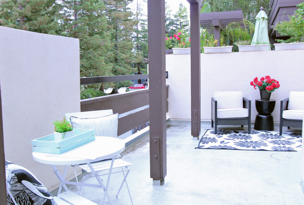 Mountain View Townhome for Sale - patio